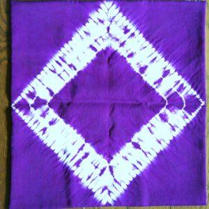 鹿角紫根染包み袱紗